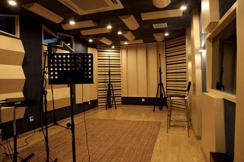 抖音短视频专用的配音录制录音棚基地风采!